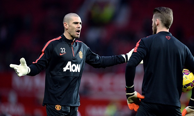 Victor Valdes left out of Manchester United UCL play-off squad