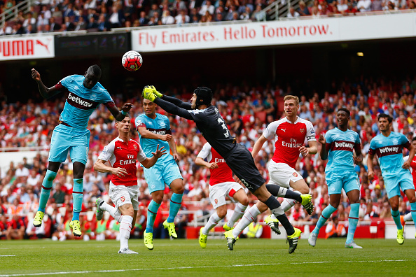 Arsenal's new signing Petr Cech completely looked off-colour