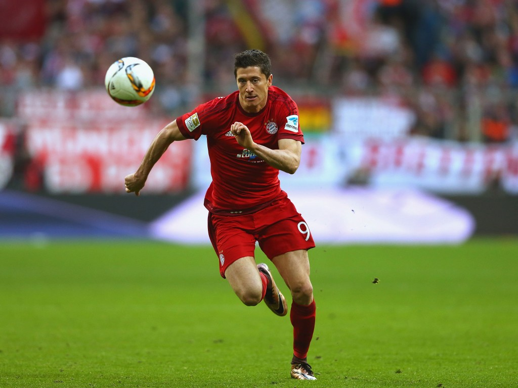Lewandowski in action for Bayern Munich.