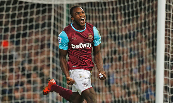 West Ham forward Michail Antonio celebrates after scoring. (Getty Images)