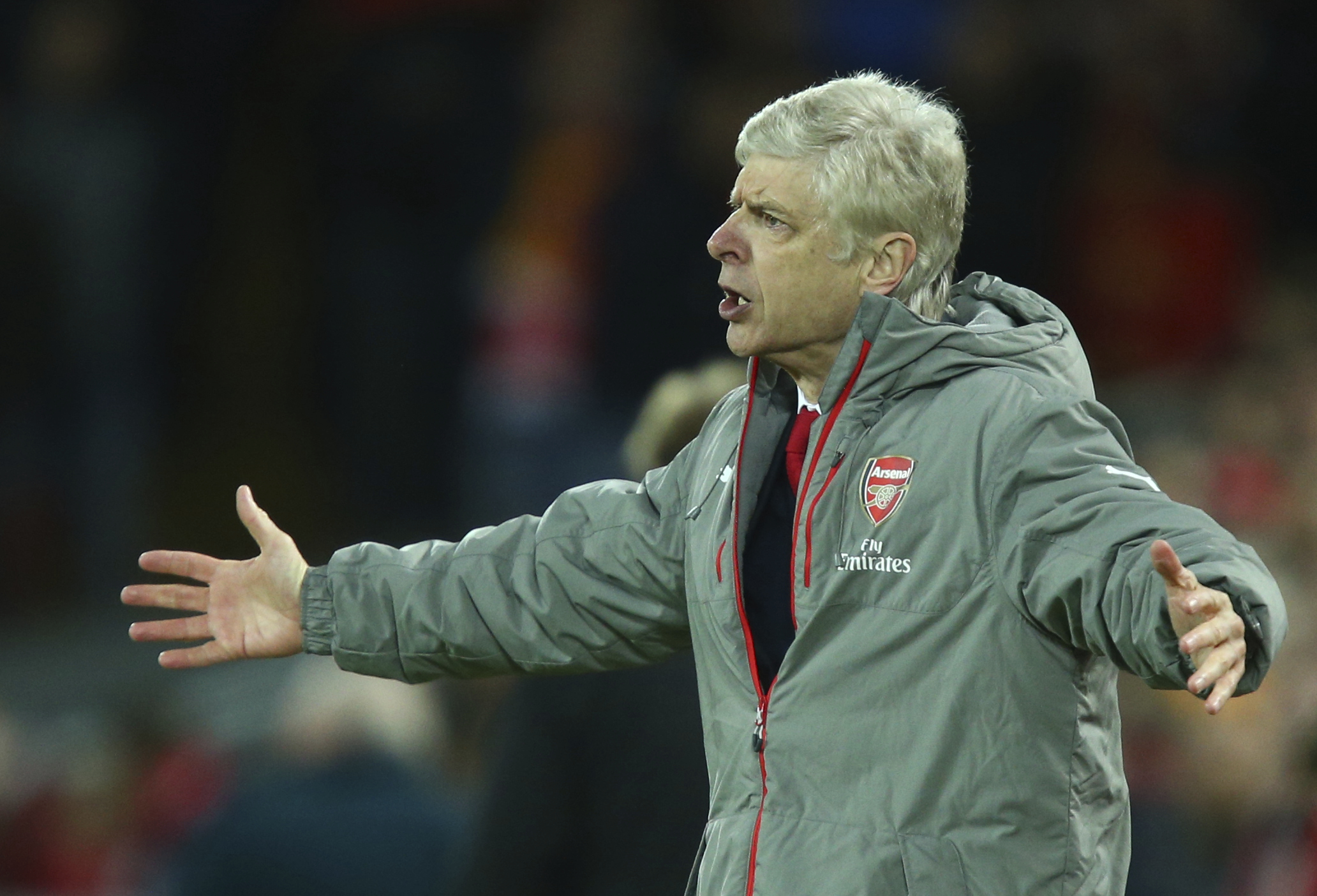 Arsene Wenger is facing some serious problems at Arsenal.