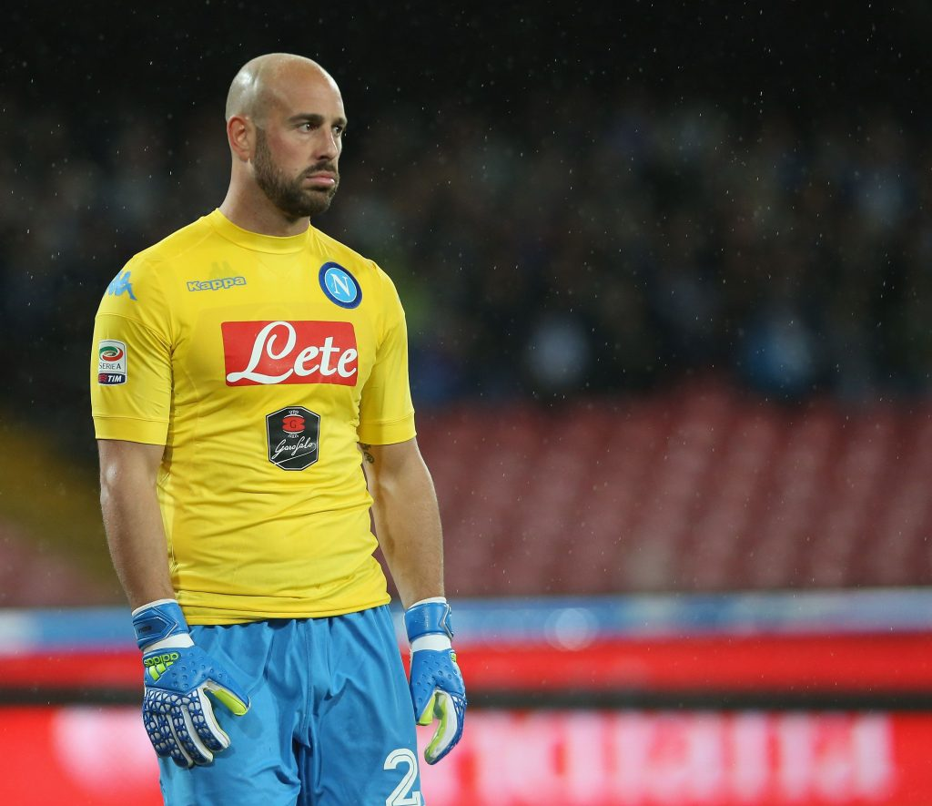 Pepe Reina in action for Napoli. (Getty Images)