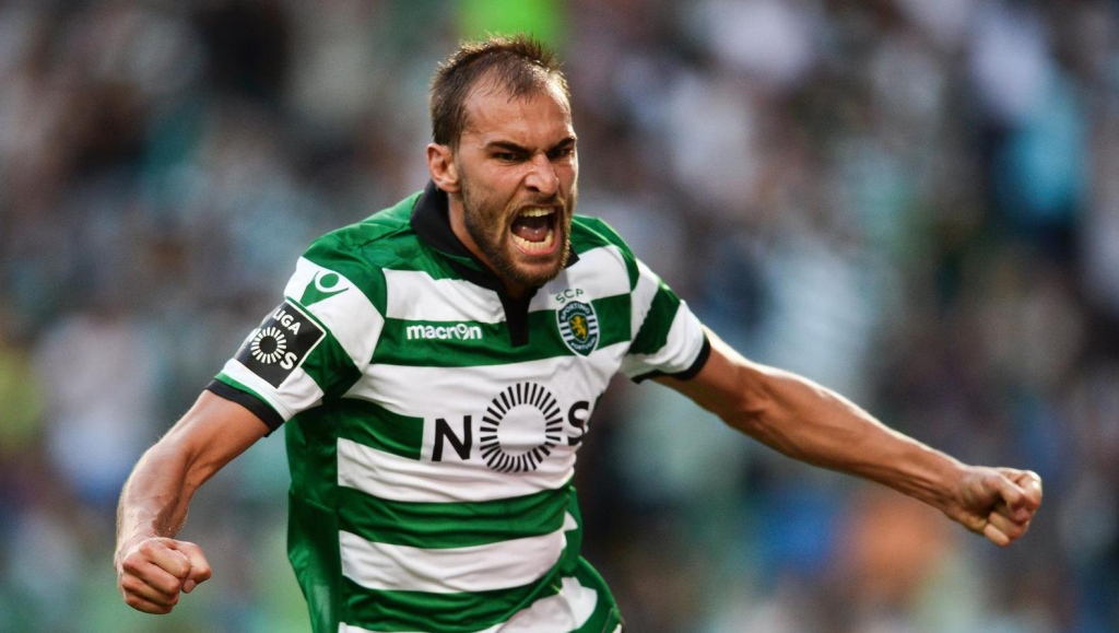 Sporting Lisbon striker Bas Dost celebrates after scoring. (Getty Images)
