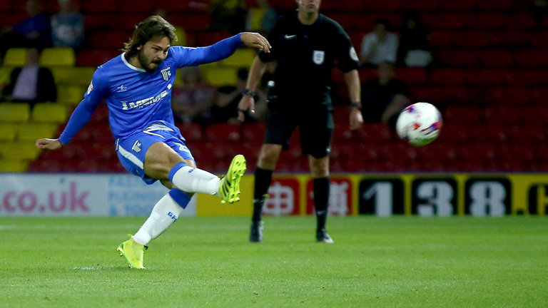 Bradley Dack in action for Gillingham. (Getty Images)