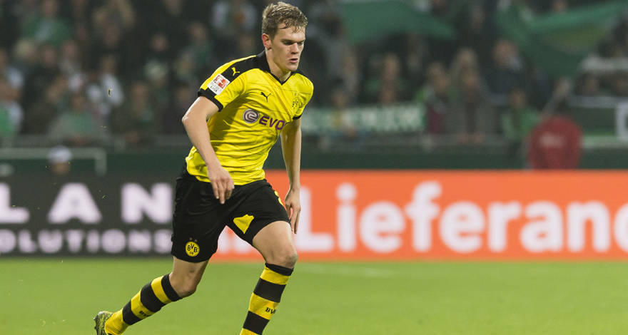 Matthias Ginter in action for Borussia Dortmund. (Getty Images)
