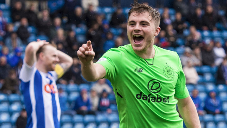 Celtic winger James Forrest celebrates after scoring. (Getty Images)