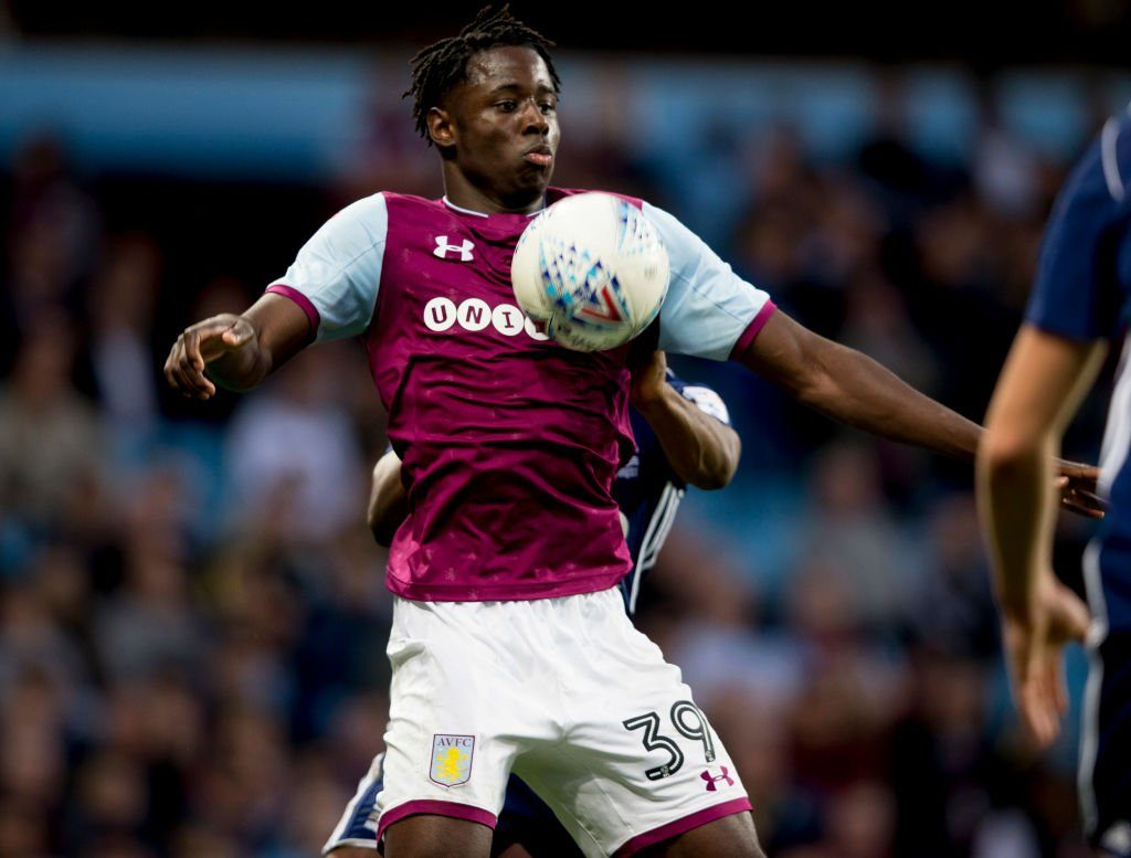Aston Villa striker Keinan Davis controls the ball with his chest. (Getty Images)