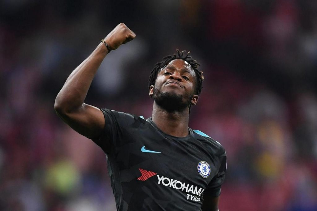 Michy Batshuayi celebrates after scoring for Chelsea. (Getty Images)