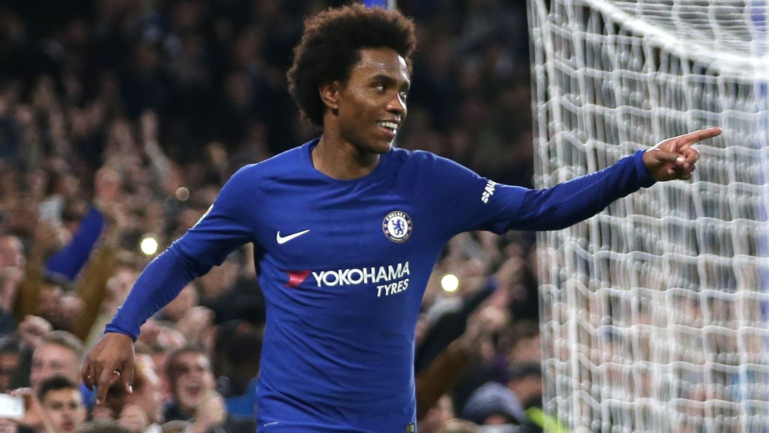 Willian celebrates after scoring for Chelsea. (Getty Images)