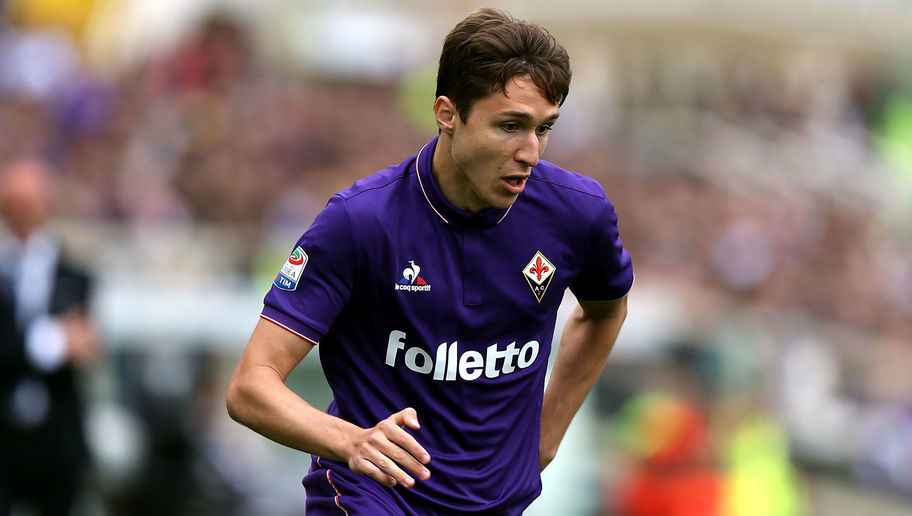 Fiorentina attacker Federico Chiesa in action. (Getty Images)
