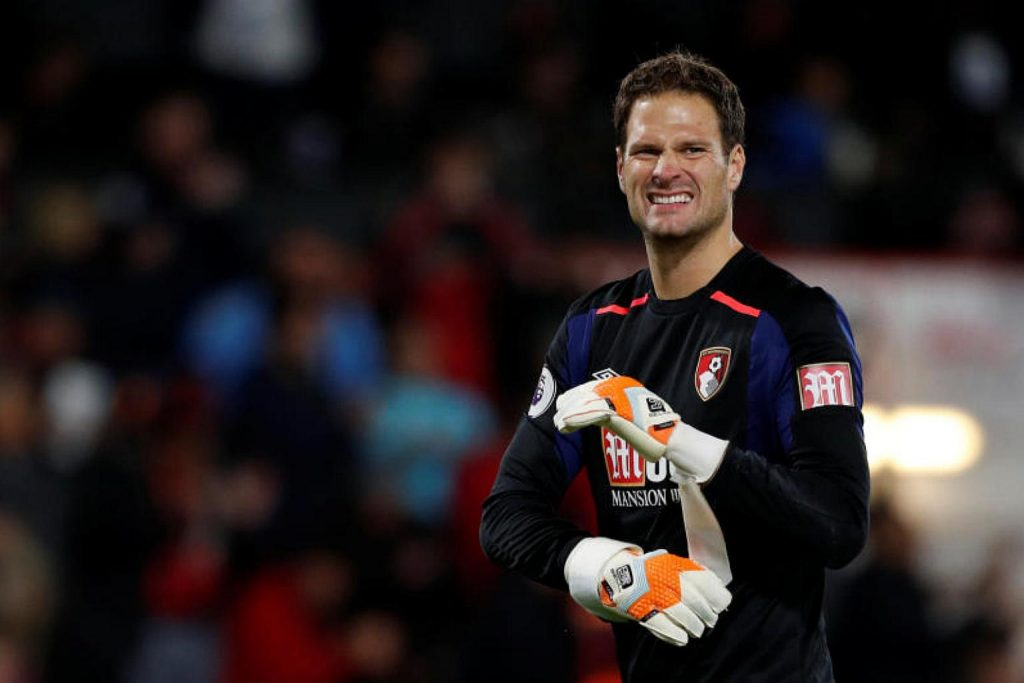 Bournemouth goalkeeper Asmir Begovic in action. (Getty Images)