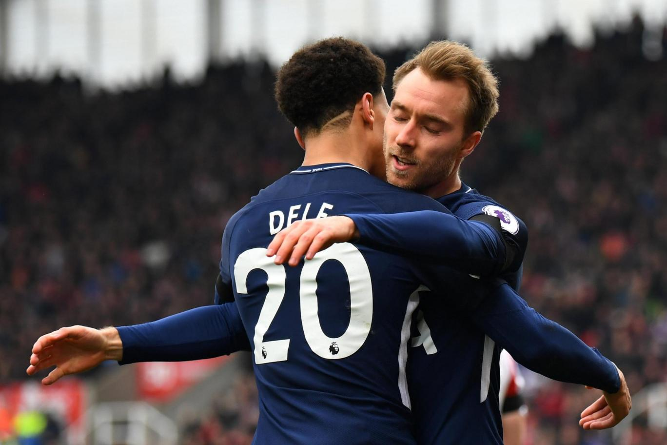 Tottenham's Dele Alli and Christian Eriksen celebrate a goal. (Getty Images)