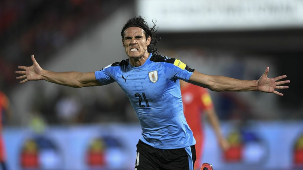 Edinson Cavani playing for Uruguay.