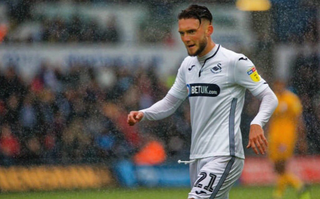 Swansea City midfielder Matt Grimes in action. (Getty Images)