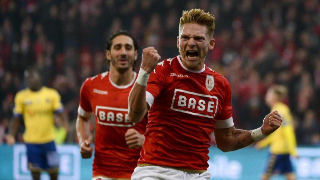 Standard Liege striker Renaud Emond celebrates after scoring. (Getty Images)