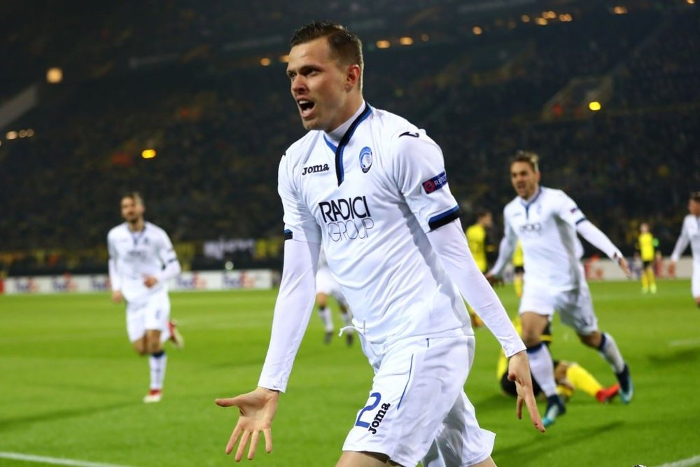 Josip Ilicic celebrates after scoring for Atalanta. (Getty Images)