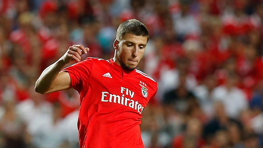 Benfica defender Ruben Dias in action. (Getty Images)