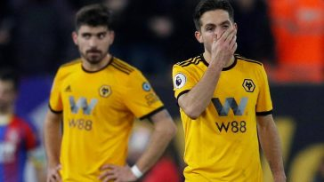 Wolves midfielders Joao Moutinho and Ruben Neves look disappointed. (Getty Images)