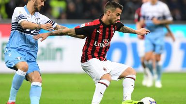 AC Milan's Spanish forward Suso controls the ball during the Italian Serie A football match AC Milan vs Lazio Rome on April 13, 2019 at the San Siro stadium in Milan. (Getty Images)