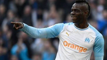 Marseille striker Mario Balotelli celebrates after scoring. (Getty Images)