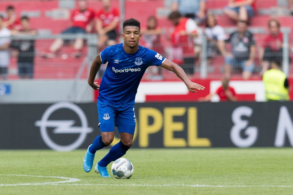 Everton defender Mason Holgate in action. (Getty Images)