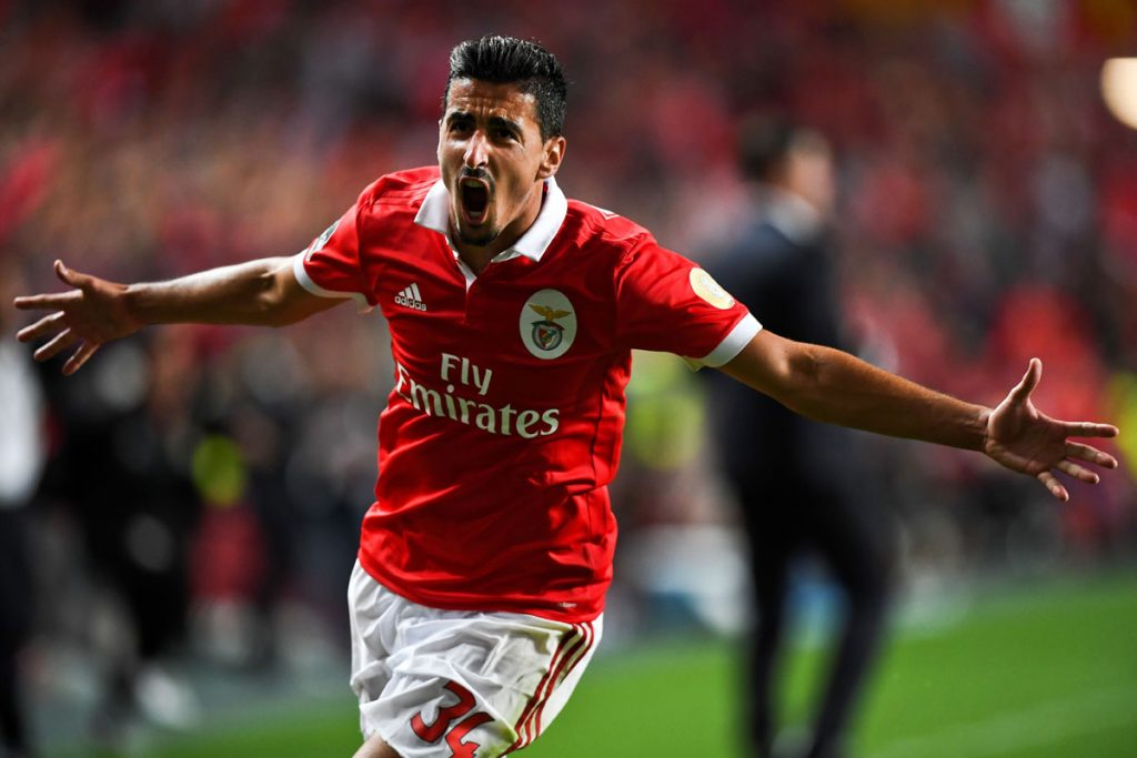 Andre Almeida in action for Benfica. (Getty Images)