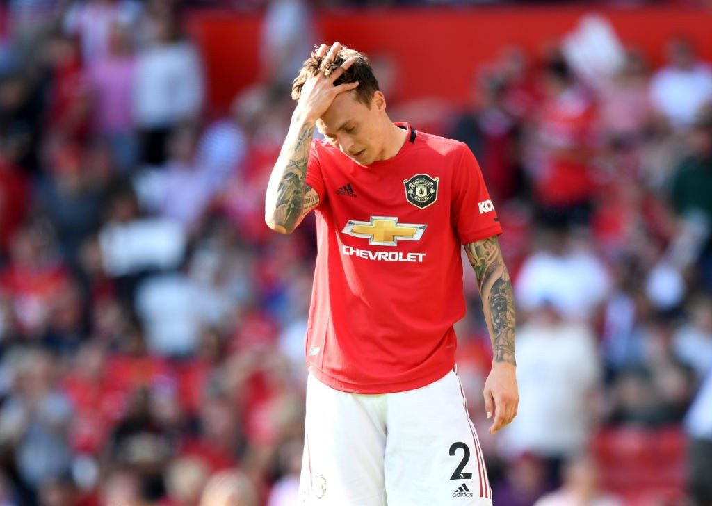 Manchester United defender Victor Lindelof looks dejected. (Getty Images)