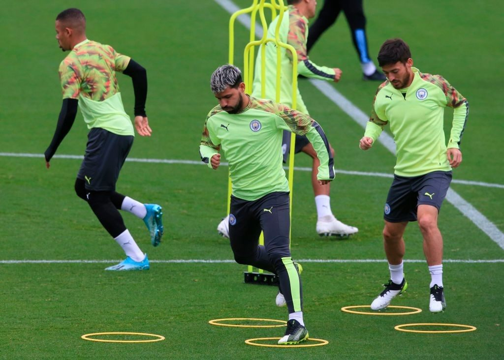 Manchester City players in training.