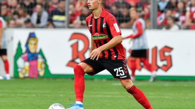 SC Freiburg defender Robin Koch in action. (Getty Images)
