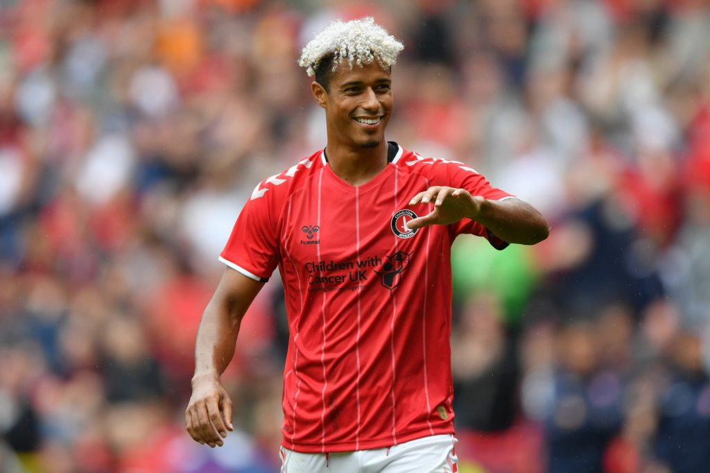 Charlton Athletic striker Lyle Taylor in action. (Getty Images)
