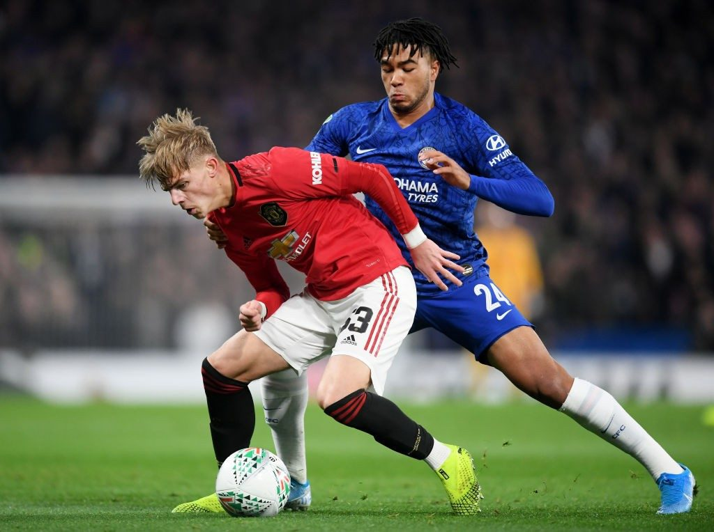 Manchester United's Brandon Williams shields the ball against Chelsea's Reece James in the Carabao Cup. (Getty Images)