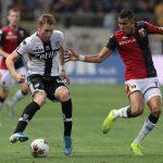 Dejan Kulusevski (L) of Parma is challenged by Jawad El Yamiq (R) of Genoa. (Getty Images)