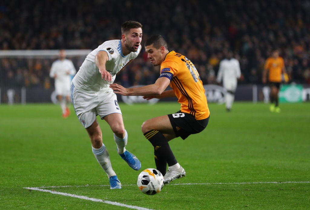 Andraz Sporar of Slovan Bratislava and Conor Coady of Wolverhampton Wanderers during the UEFA Europa League group K match between Wolverhampton Wanderers and Slovan Bratislava at Molineux on November 07, 2019 in Wolverhampton, United Kingdom. (Getty Images)