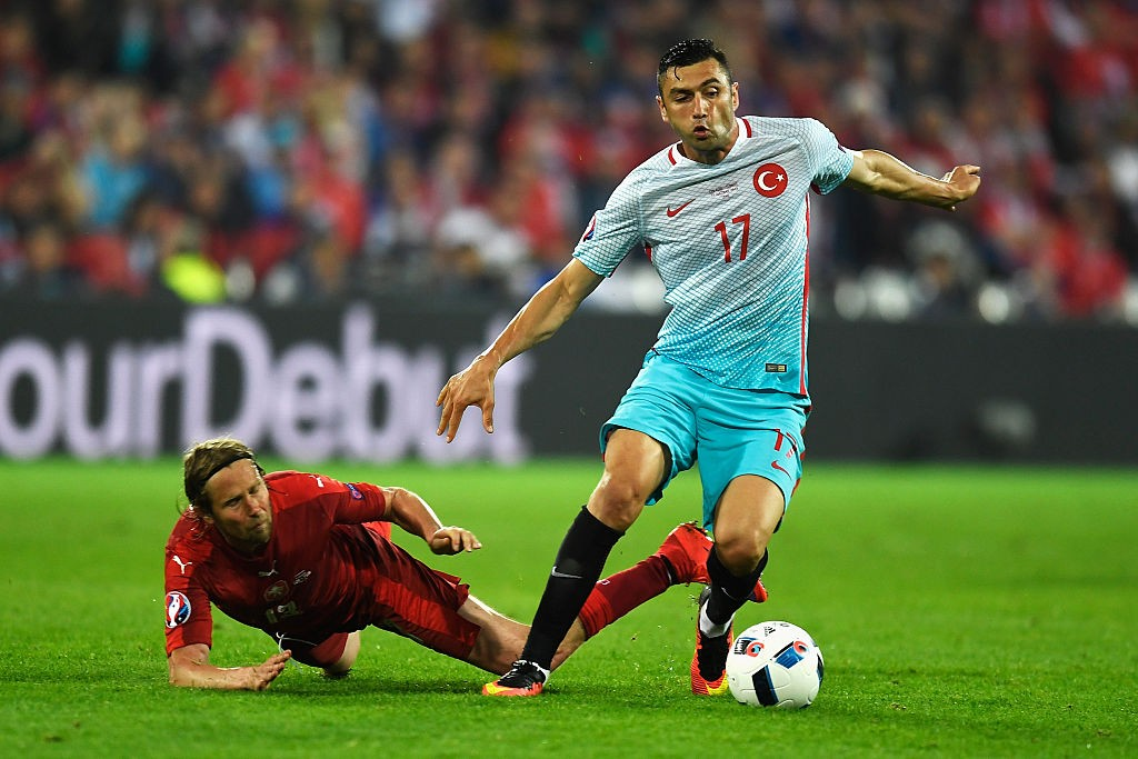 Jaroslav Plasil of Czech Republic tackles Burak Yilmaz of Turkey during the UEFA EURO 2016 Group D match between Czech Republic and Turkey at Stade Bollaert-Delelis. (Getty Images)