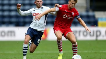 Cameron McGeehan of Barnsley and Alan Brown of Preston North End compete for the ball during the Sky Bet Championship match between Preston North End and Barnsley at Deepdale. (Getty Images)