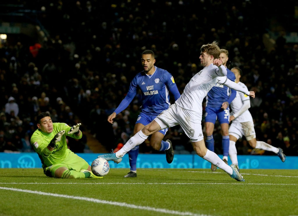 Patrick Bamford (R) of Leeds United is fouled for a penalty by Neil Etheridge (L) of Cardiff City during the Sky Bet Championship match between Leeds United and Cardiff City at Elland Road. (Getty Images)