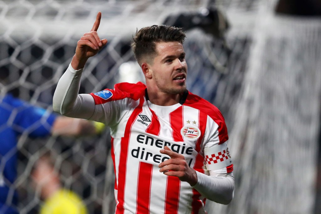 van Ginkel celebrating after scoring a goal for PSV Eindhoven.