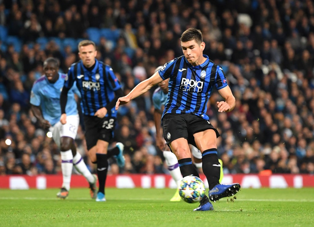 Ruslan Malinovskyi of Atalanta scores a penalty for his sides first goal during the UEFA Champions League group C match between Manchester City and Atalanta at Etihad Stadium on October 22, 2019 in Manchester. (Getty Images)