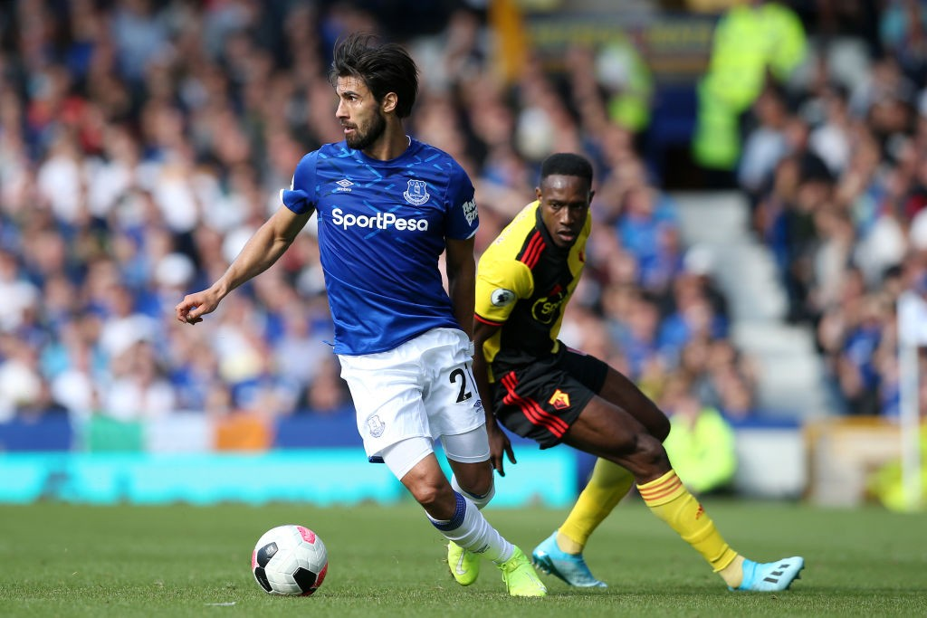 Everton midfielder Andre Gomes has been ruled out for the foreseeable future due to an ankle injury.