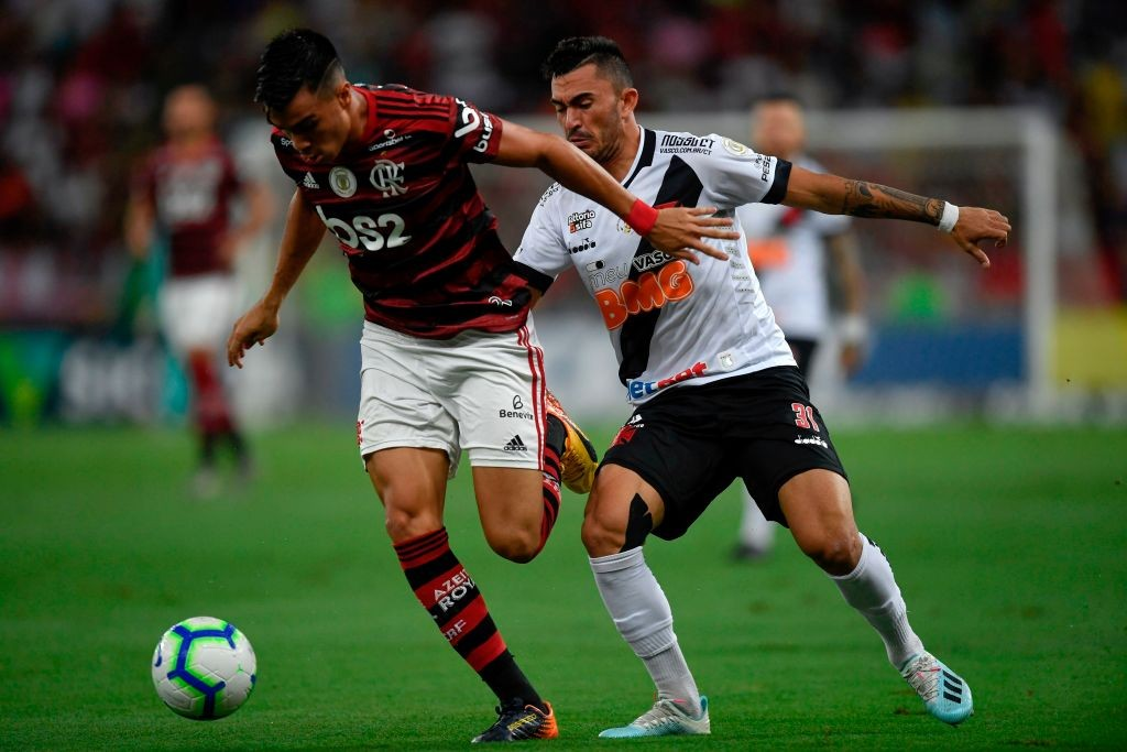 Reinier in action for Flamengo.