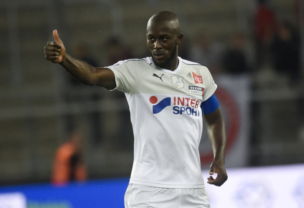 Amiens' French defender Prince Desir Gouano celebrates after scoring during the French L1 football match between Amiens and Rennes at the Licorne stadium in Amiens, on September 26, 2018. (Getty Images)